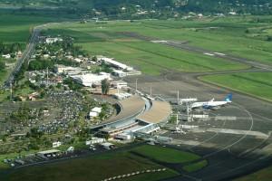 Aéroport de la Martinique avec vol Transat sur le Tarmac